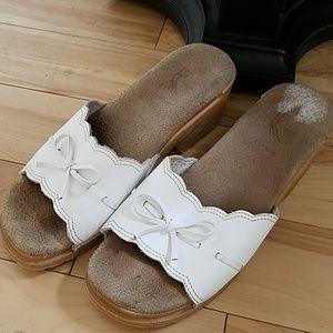 White Leather Slide Sandals ▪